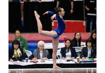 Shallon Olsen vaults to silver in female gymnastics all around