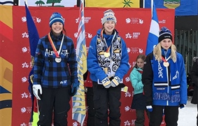 Skye Clarke golden in slopestyle